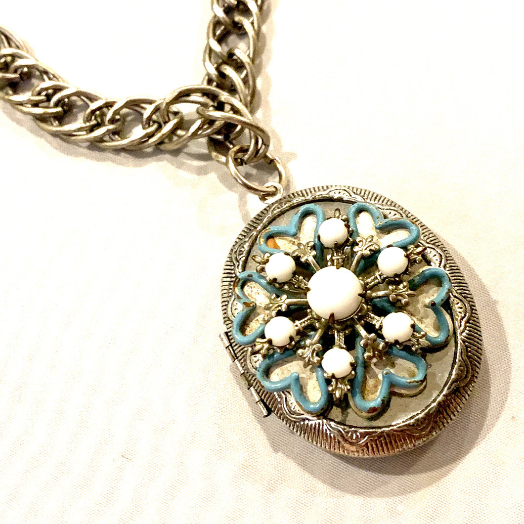 Vintage Flower Locket