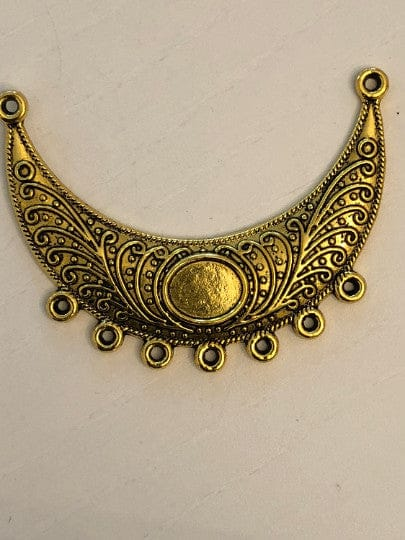 Antique Gold pendant 5x4 cm, 7 holes