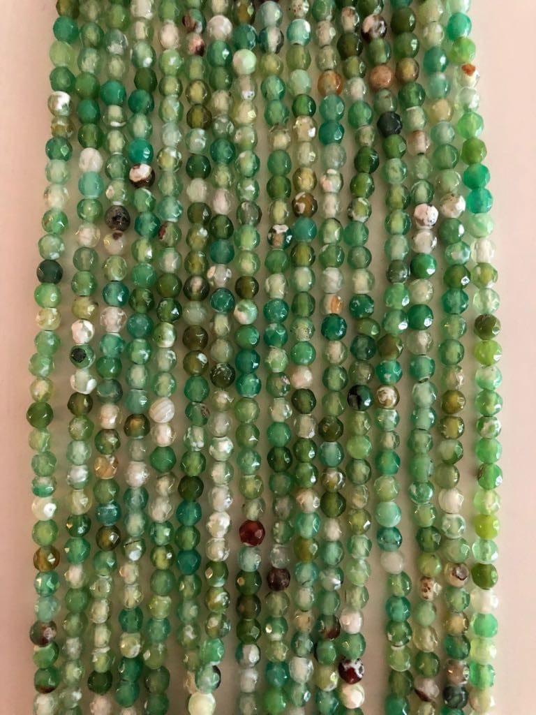 White Spotted Green Agate faceted 4mm, 103 beads per strand