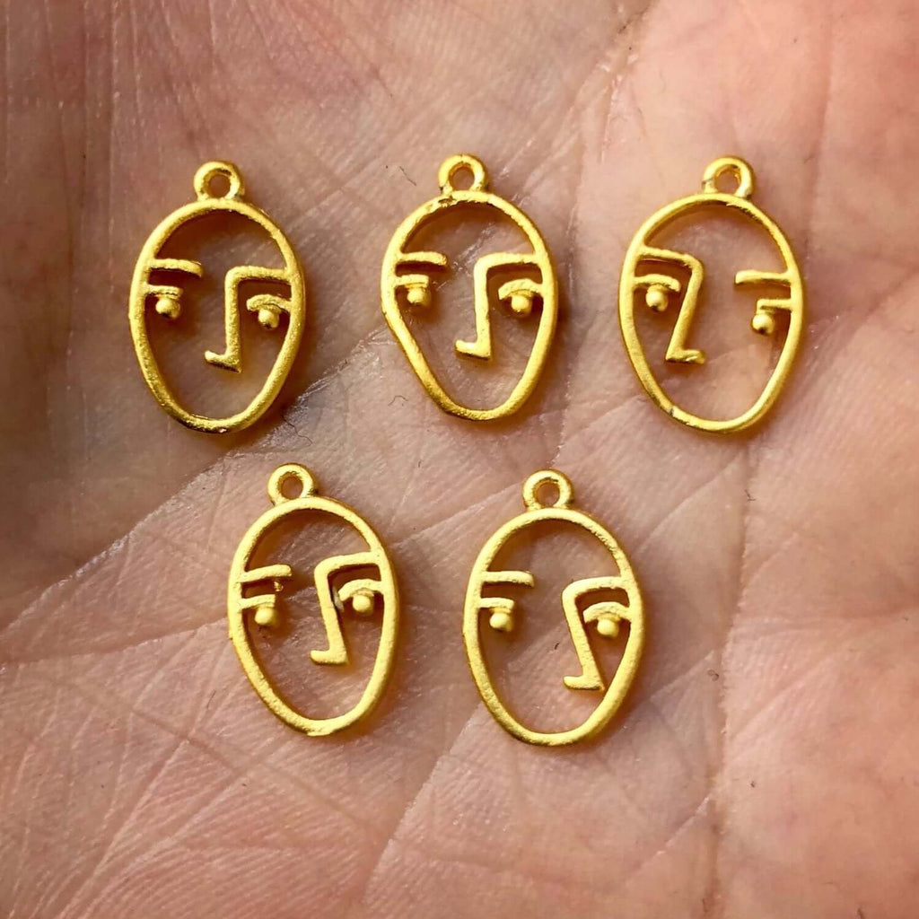 10 pc Tiny Face Charms, 1cm , Face Pendants, 22 Kt Matte Gold Plated, 10 pieces in a pack,