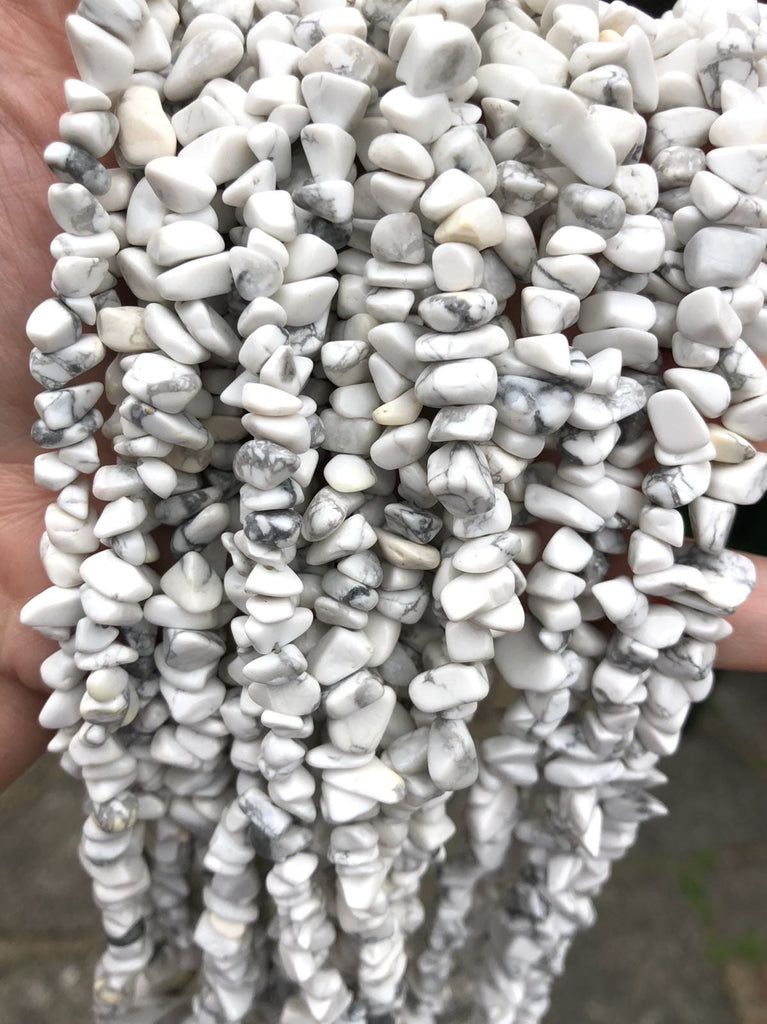 90 cm Strand Natural Freeform Howlite Chips, Long strand 36'', beads, gemstone beads,