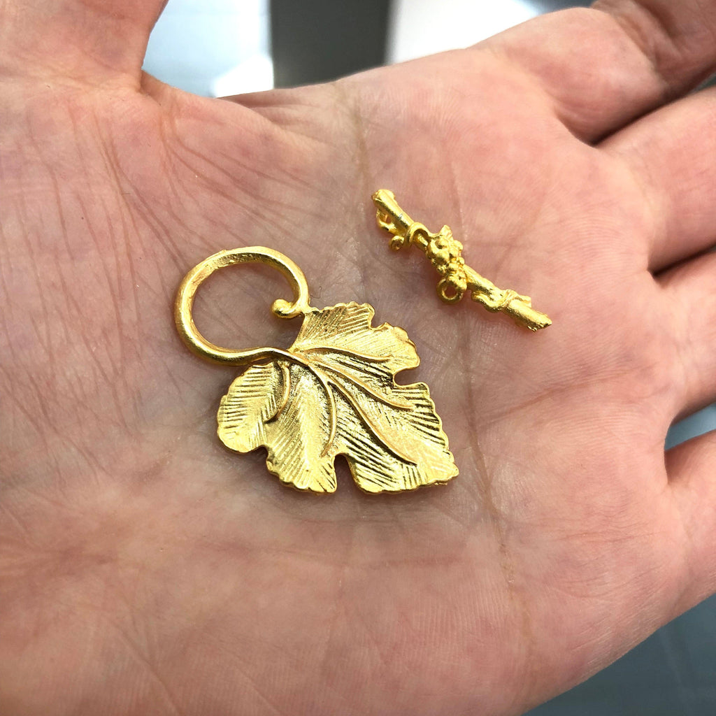 Gold Toggle Clasp, 22k Gold Plated Brass Toggle Clasp, Leaf Toggle Clasp