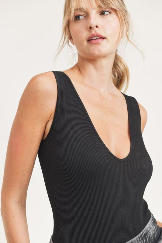 Mono B Body suit Ribbed Seamless Scoop-Neck Sleeveless Bodysuit