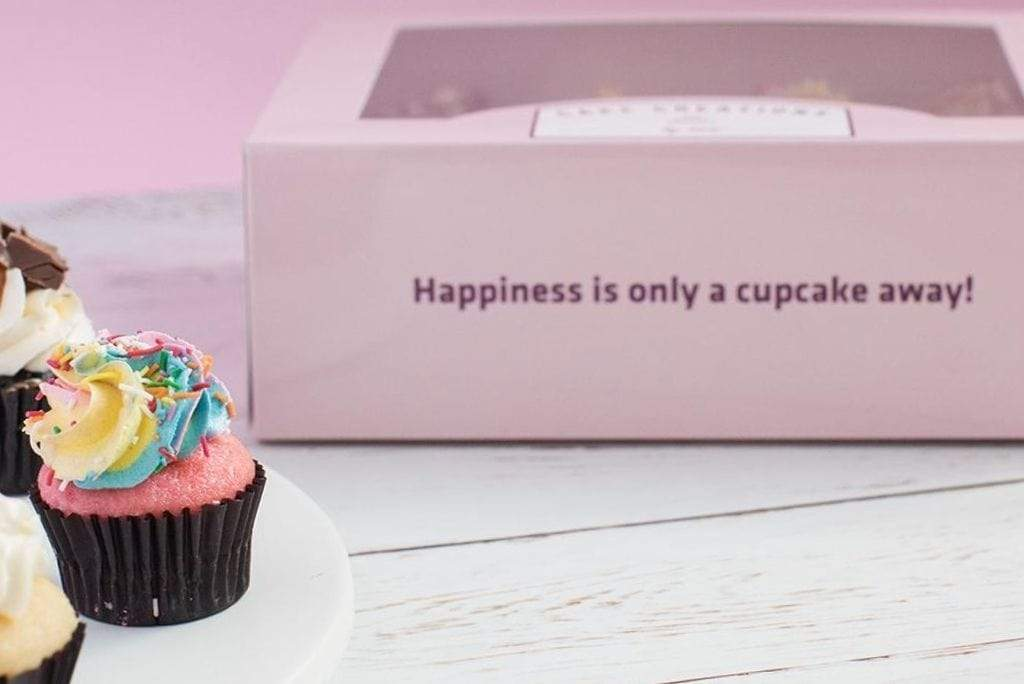 BOXXD™ CustomCupcakeBoxes Custom Branded 6 Regular Cupcake Dessert Box with Insert