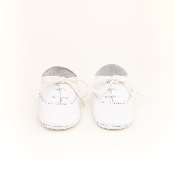White Richelieu shoes