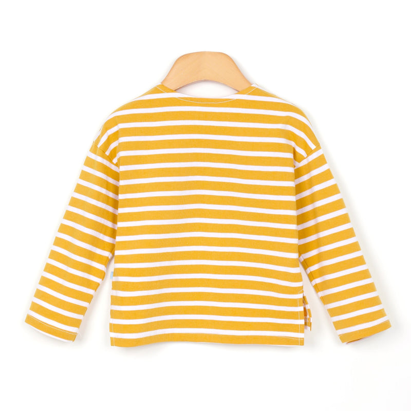 A white and yellow striped shirt