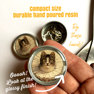 Cat stitch marker tin with stitch markers