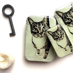 Cat knitting notions tin