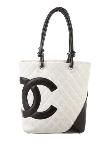 Chanel camion tote