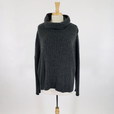 Central Park West Charcoal Size L Sweater