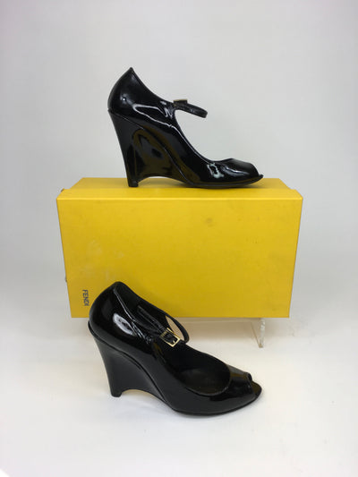 Fendi Black Size 36 DESIGNER Shoe