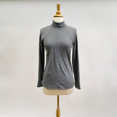 Lululemon Grey Size XS Active Top
