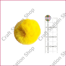 Load image into Gallery viewer, Pom Ball - Yellow