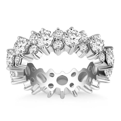 14k White Gold Ornamental Round Diamond Eternity Ring, size 6
