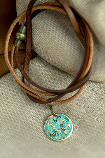 Leather Bracelet with Patterns - MIRAYJEWELRY