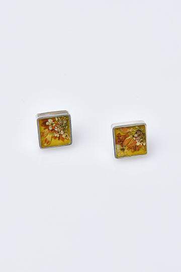 Sterling Silver Small Square Stud Earrings with Real Flowers - MIRAYJEWELRY