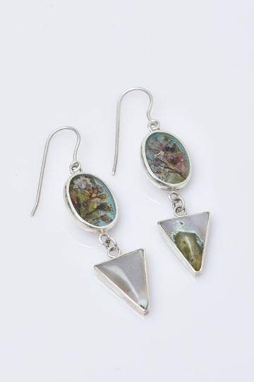 Sterling Silver Agate Hanging Earrings Triangle Tip with Real Flowers - MIRAYJEWELRY