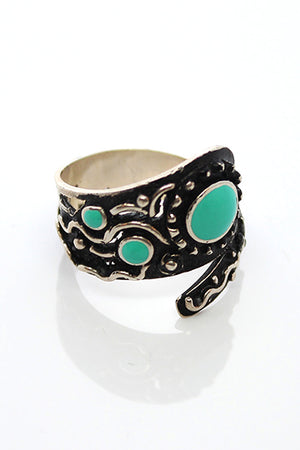 Sterling Silver Green Eye Wrapped Ring - MIRAYJEWELRY