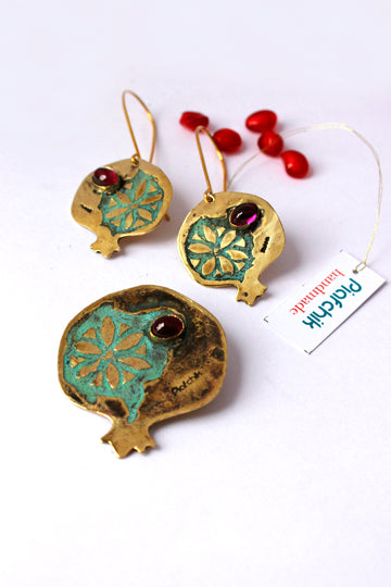 Noor Earrings with Stone - MIRAYJEWELRY