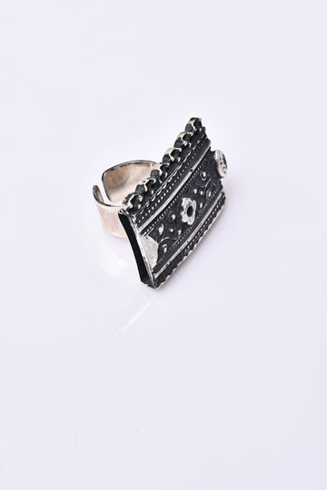 Relic of the Past Ring - MIRAYJEWELRY