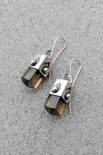 Cube Shaped Earrings - MIRAYJEWELRY