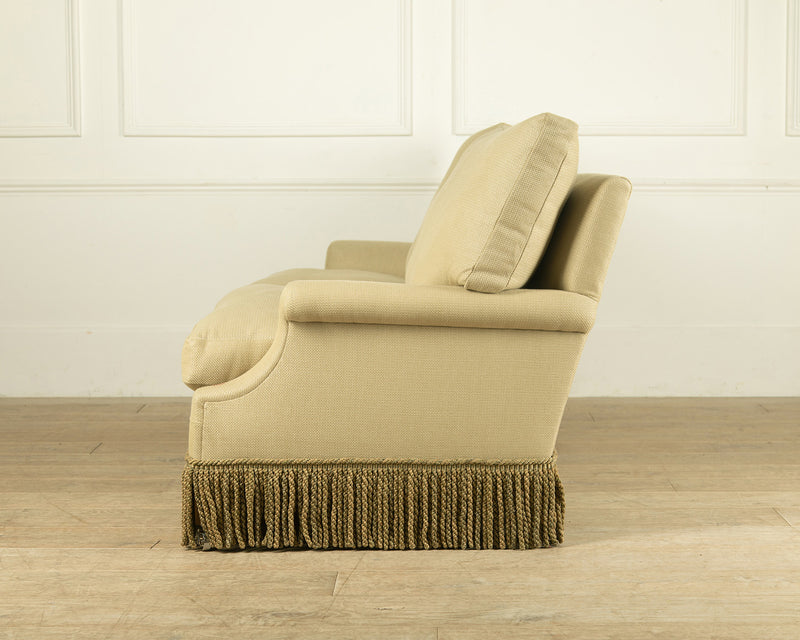 The Lambeth sofa - Traditionally upholstered luxury furniture