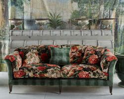 The Mayfair Sofa | Showroom Model