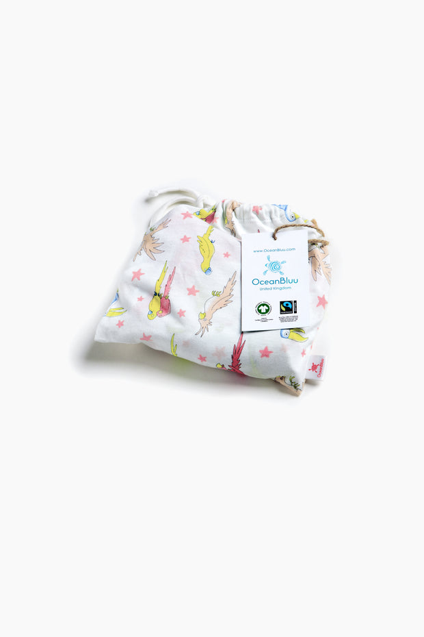 """PARROT NIGHT"" - Shop Organic kids clothing, sheets, bedding, pyjamas, underwear & more"
