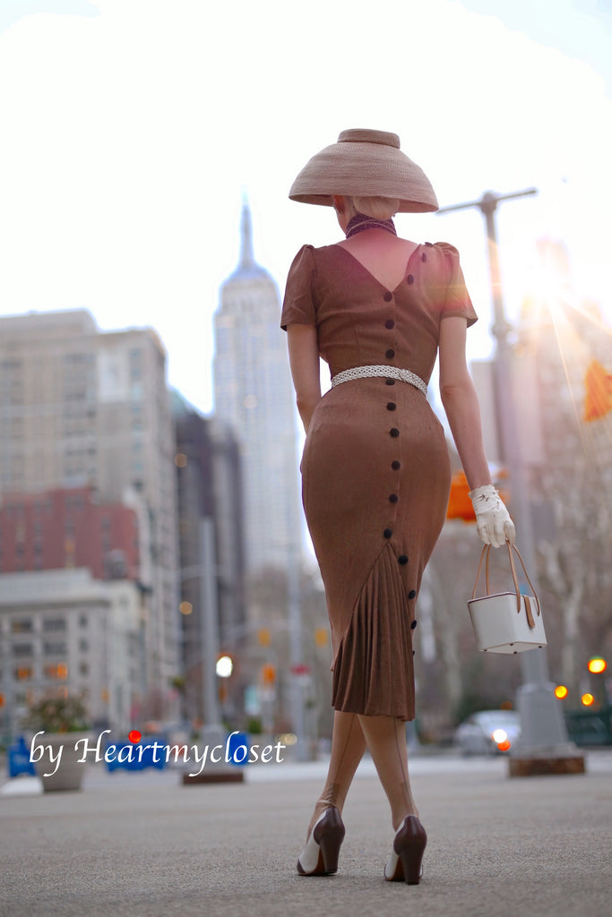 Deborah - SHORT SLEEVE pleated back pencil dress