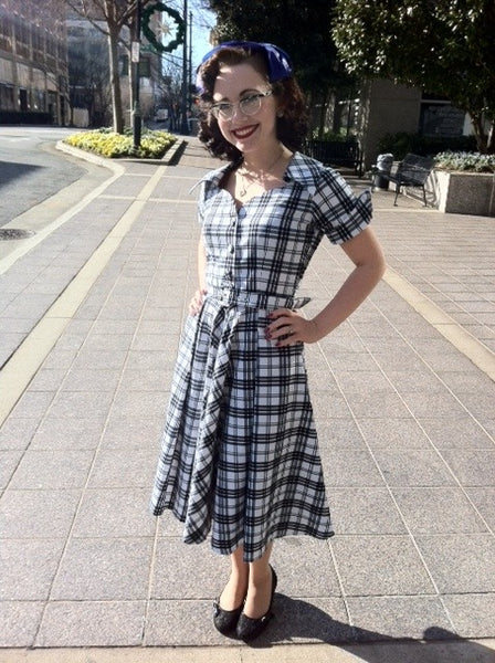 Caroline - swing retro dress with short sleeves
