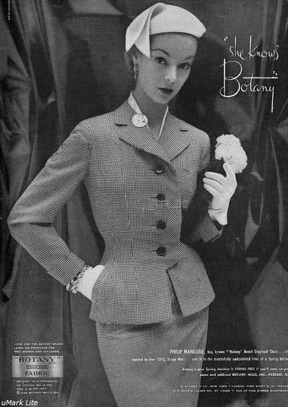 Grace - 1940s vintage suit with pencil skirt