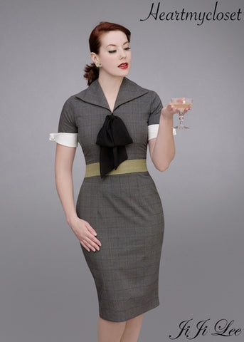 Karen - vintage dress with contrast cuffs and bow