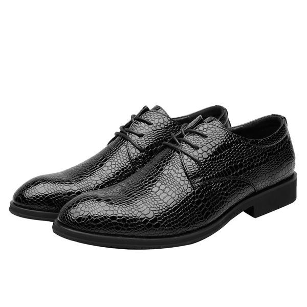 Men British Style Crocodile Pattern Pointed Toe Casual Shoes