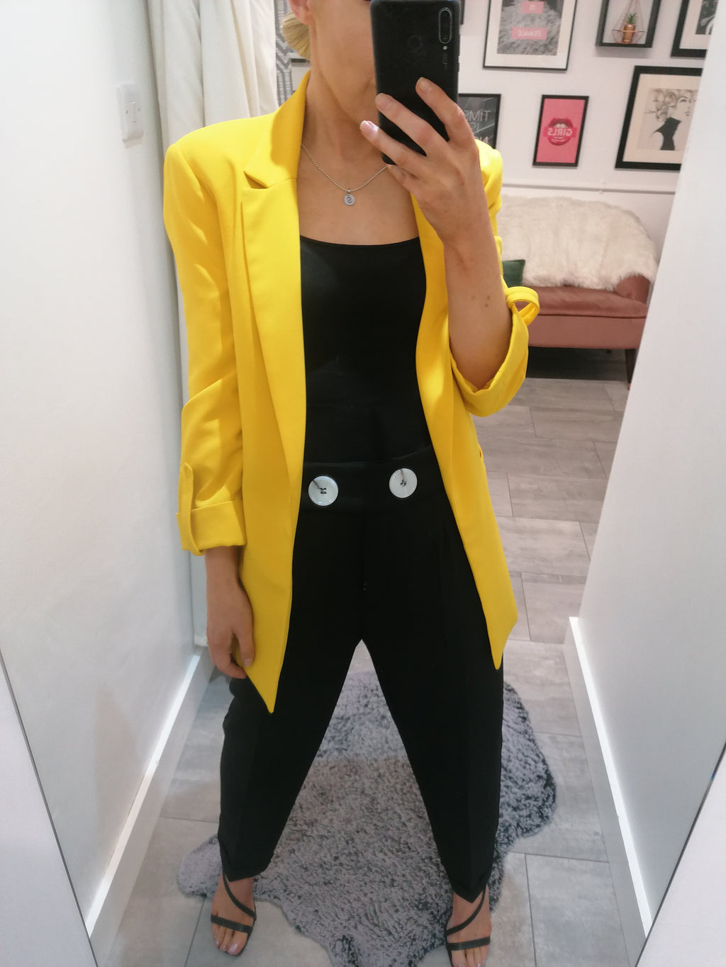 Blazer with rolled-up sleeves - canary yellow