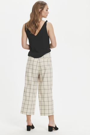 TELBA check trousers