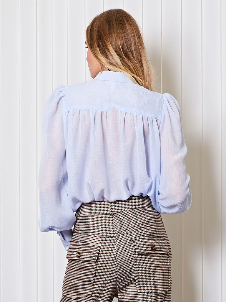 CALL blouse in sheer - baby blue