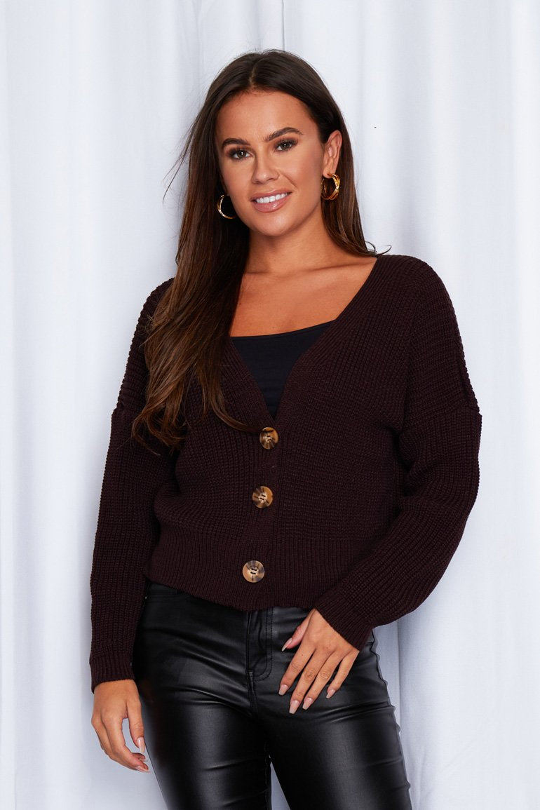 Feel super snug in the Kiera relaxed fit button down knit cardigan in Walnut.