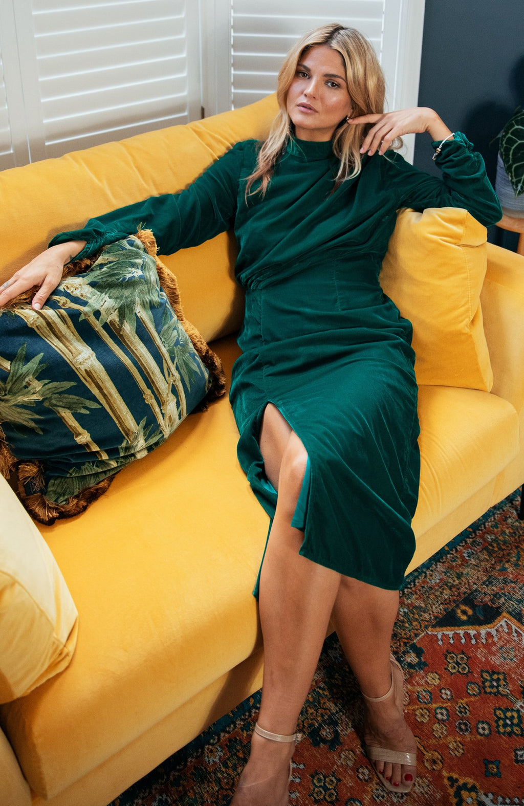 SEANNAN velvet ruched body midi with thigh split - green