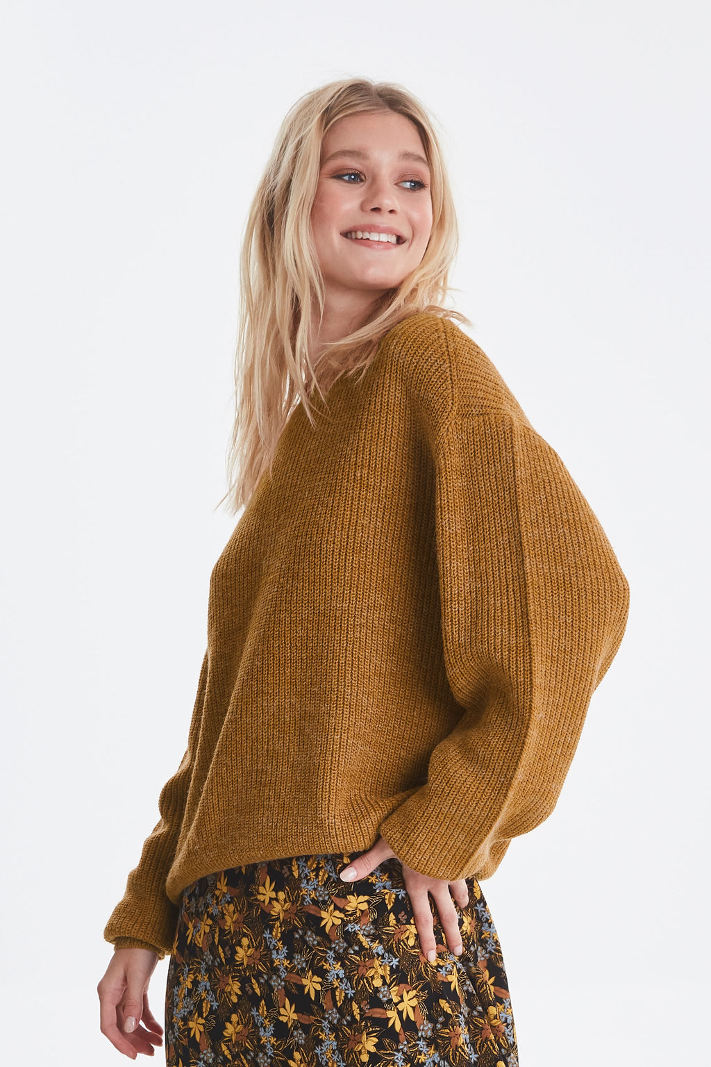 NOVO knitted jumper - brown sugar
