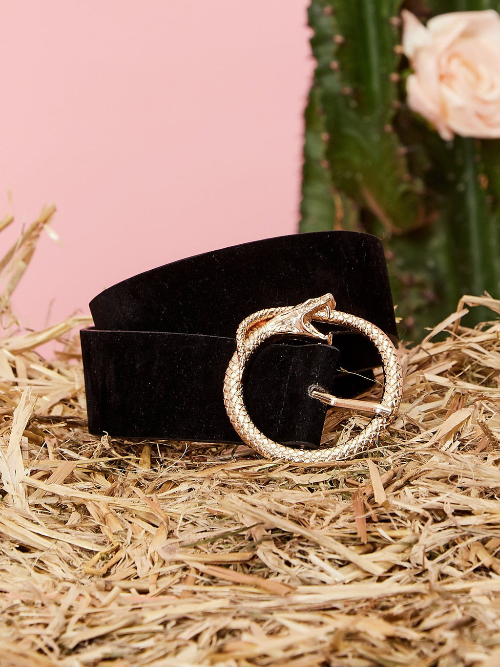 Velvety black belt with snake icon buckle from iconic British clothing brand Sister Jane.  COMPOSITION 100% PU