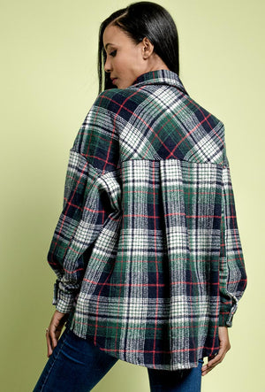 Oversized wool checked shacket in alpine green with breast poclets.