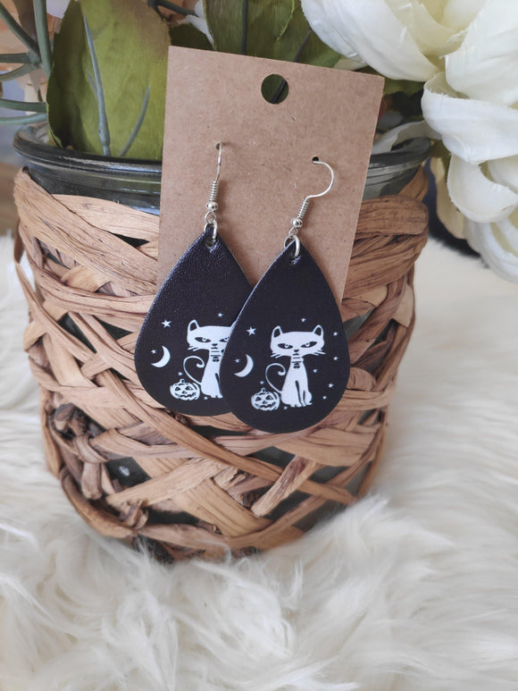 Spooky cat leather earrings