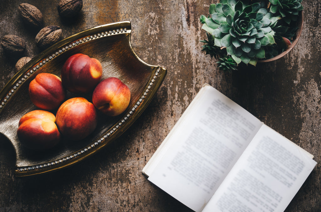5 Fiction Books About Food that Every Foodie Needs to Read!