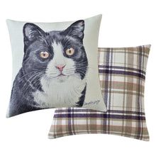 Load image into Gallery viewer, Black and White Cat Cushion