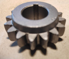 Load image into Gallery viewer, Cardan shaft drive pinion FMR #1309