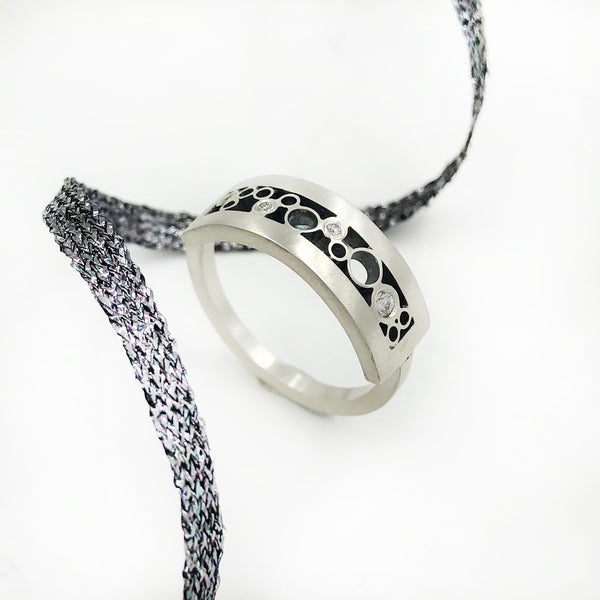 Belle Brooke - Tall Rectangle Curved Band with Diamonds
