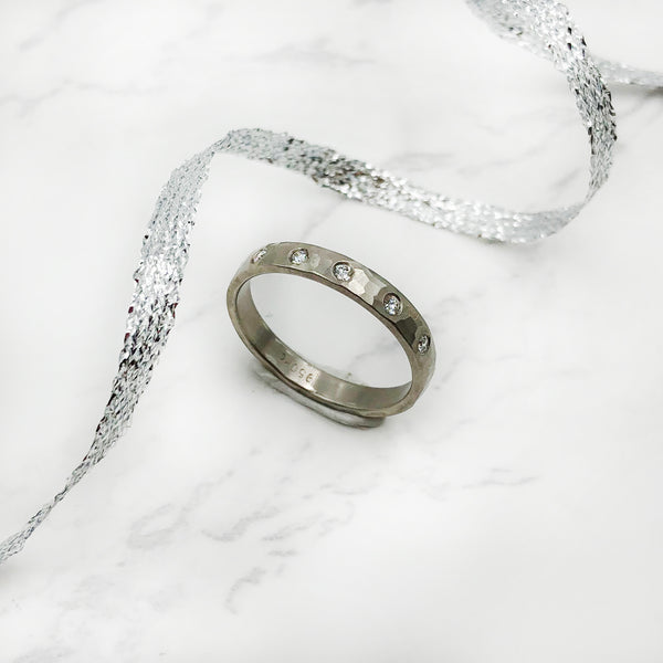 EC Designs - Champagne Diamond Band
