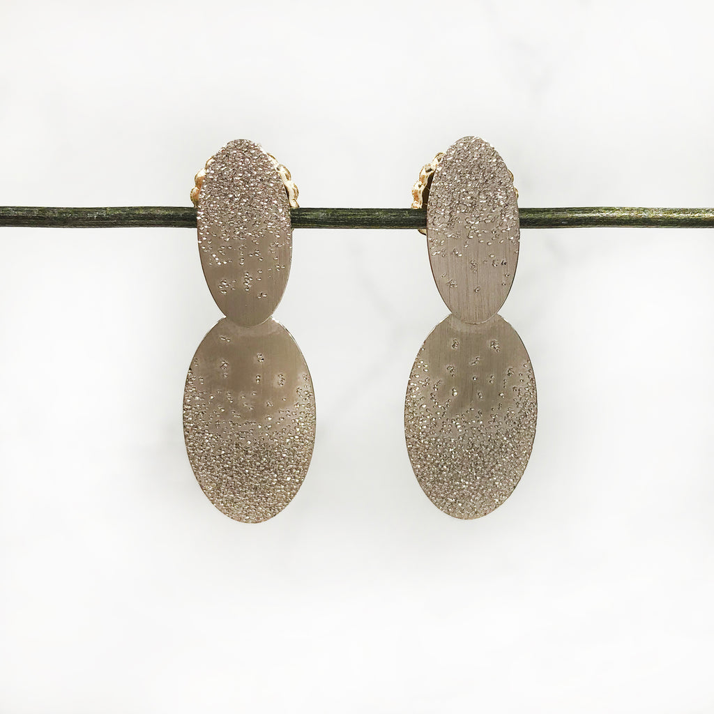Geoffrey D Giles Jewelry - Two Oval Disc Earrings