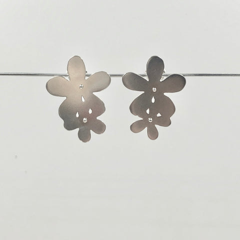 Liz Clark - Flower Cluster Silhouette Earrings