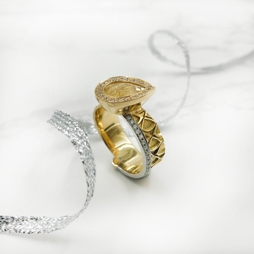 Matthieu Chemineé - Gold, Rutilated Quartz and Diamond Ring